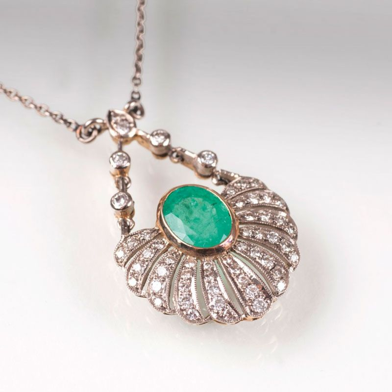 Smaragd-Brillant-Collier in Jugendstil-Manier