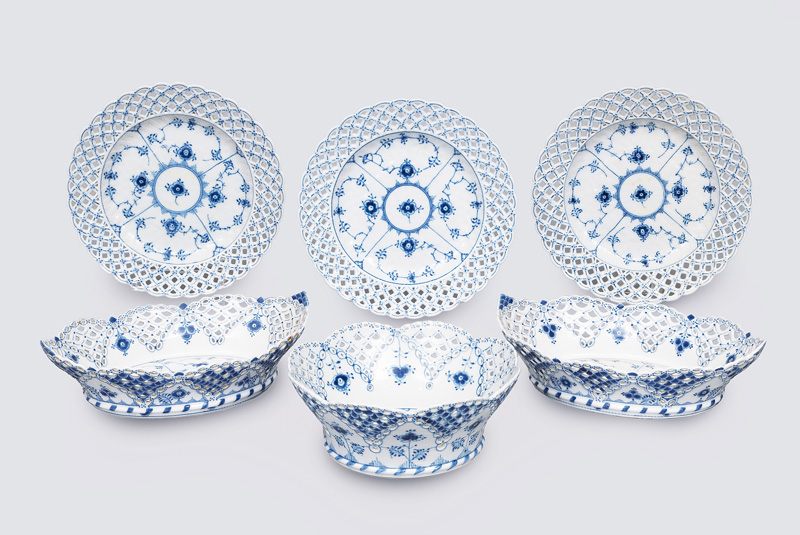 "A tableware convolute ""Musselmalet"" with """"fluted full lace"""
