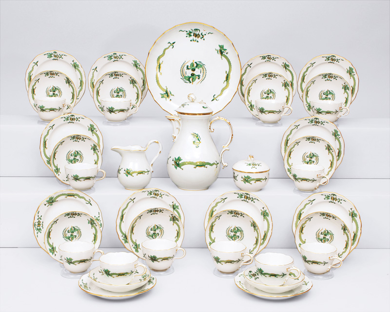 "A coffee service ""Grüner Drache"" for 12 persons"