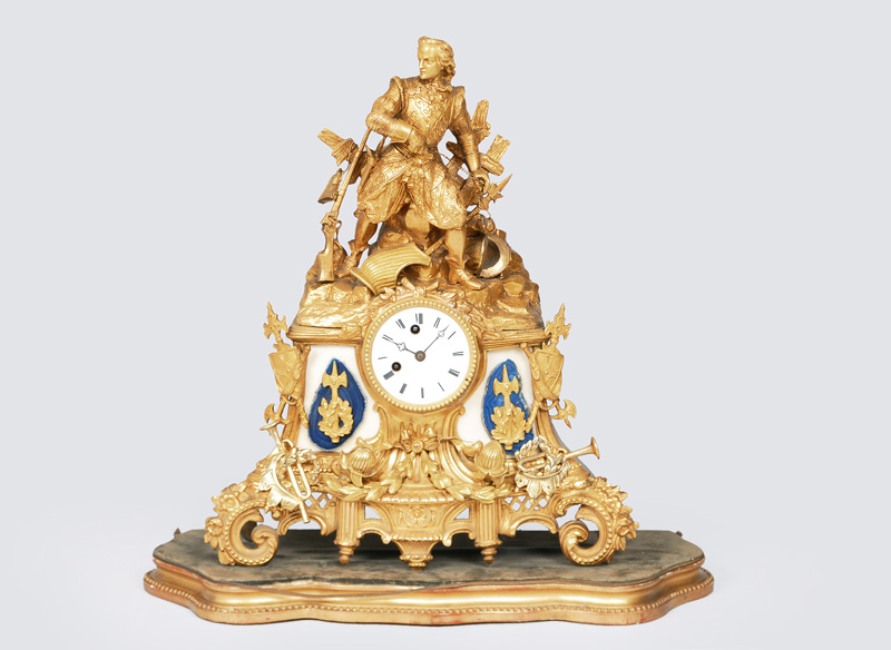 "A mantle clock with figurative ornaments ""Warrior"""