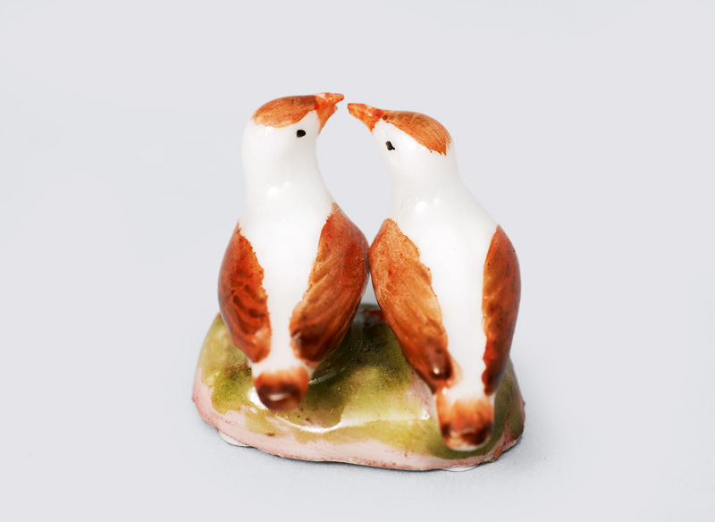 "A rare animal miniature ""Pair of doves"""