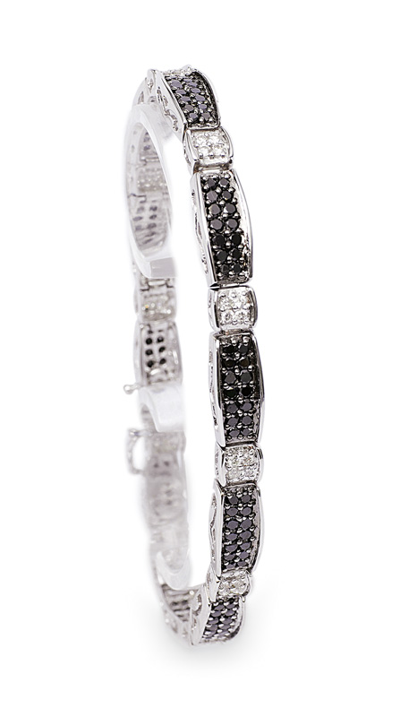 A two coloured diamond bracelet