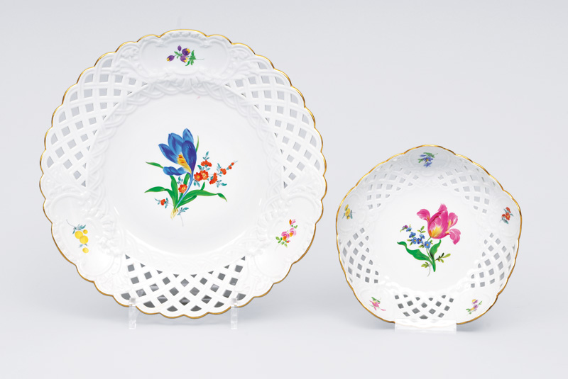 "An openworked plate and bowl ""Feldblume"""
