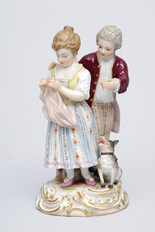 "A figurine group ""Persistent lover"""