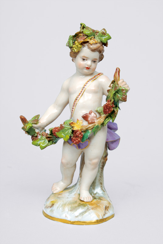 "A figurine ""autumn"" of serial ""the 4 seasons"""