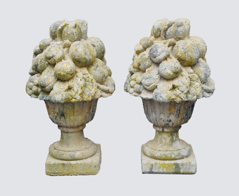 "A pair of stone sculptures ""Flower bouquets"""