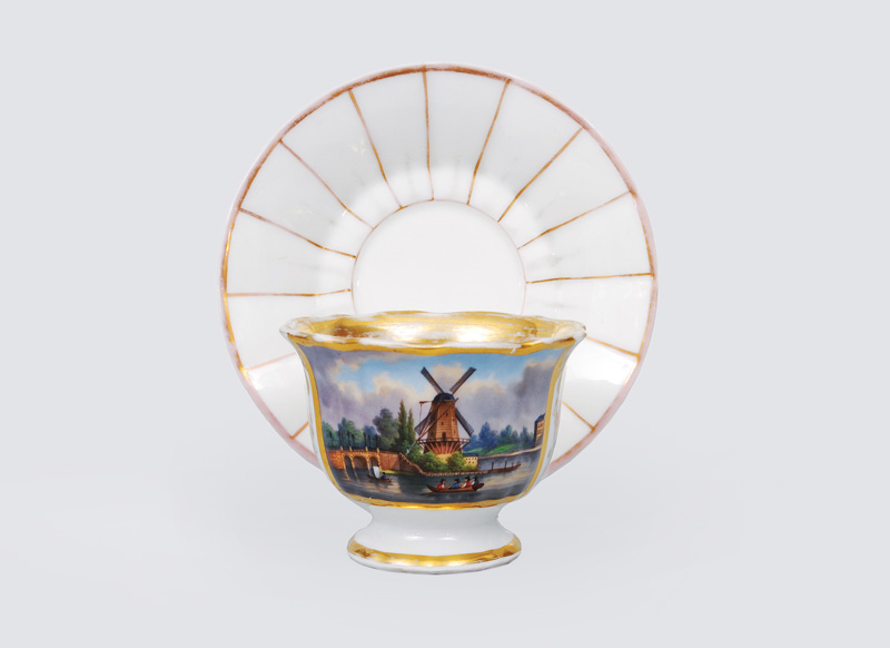 A Biedermeier cup with view of Hamburg
