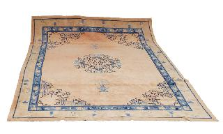 "A large carpet with ornaments of peony, bats and epigram ""Felicity and Blessing"""