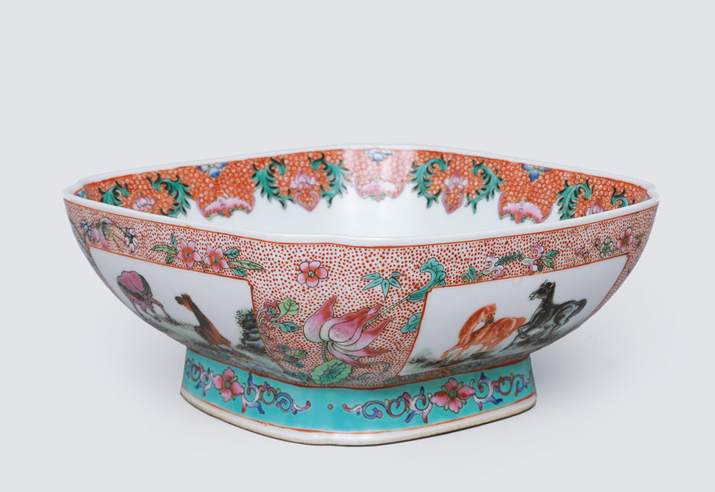 A square bowl with horse and flower painting