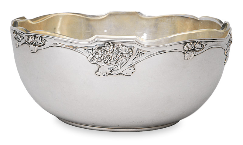 An Art Nouveau bowl with stylized flowers