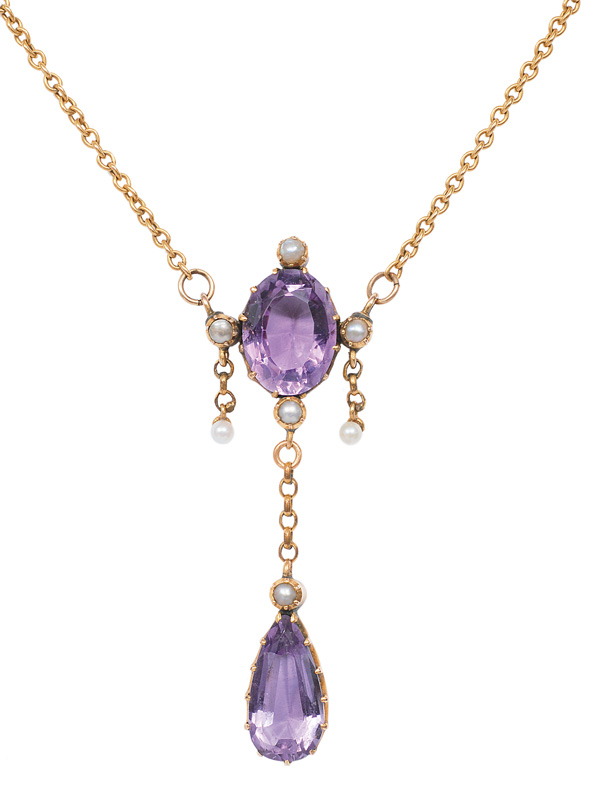 An antique amethyst pendant with necklace