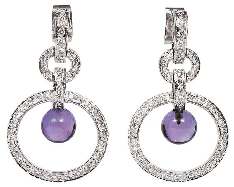 An elegant amethyst diamond set with necklace and pair of earrings