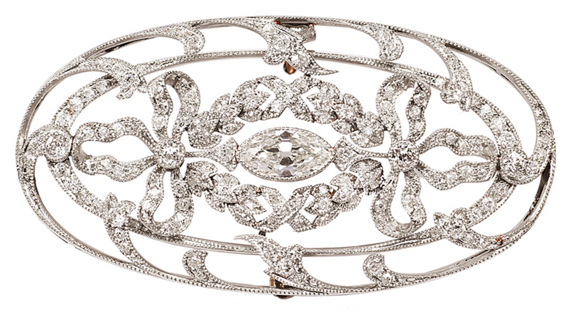 An Art-Nouveu diamond brooch