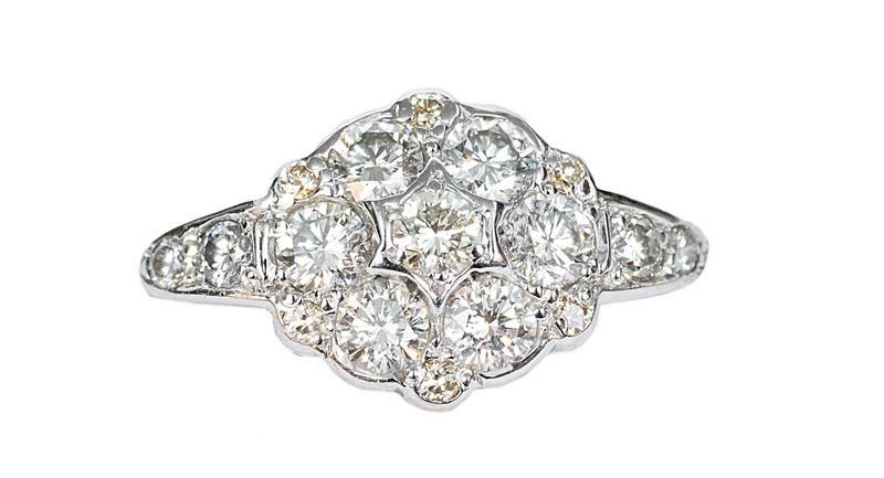 A flowershaped diamond ring