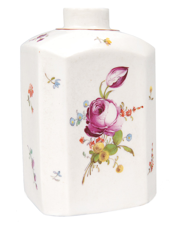 A tea caddy with flower painting