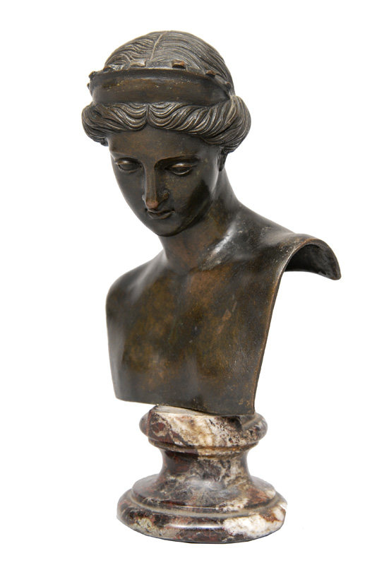 "A small classical bronze bust ""Artemis"""