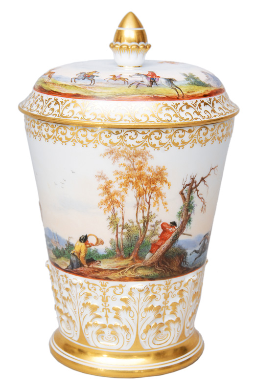 A cover goblet with hunting scene in front of Moritzburg Palace