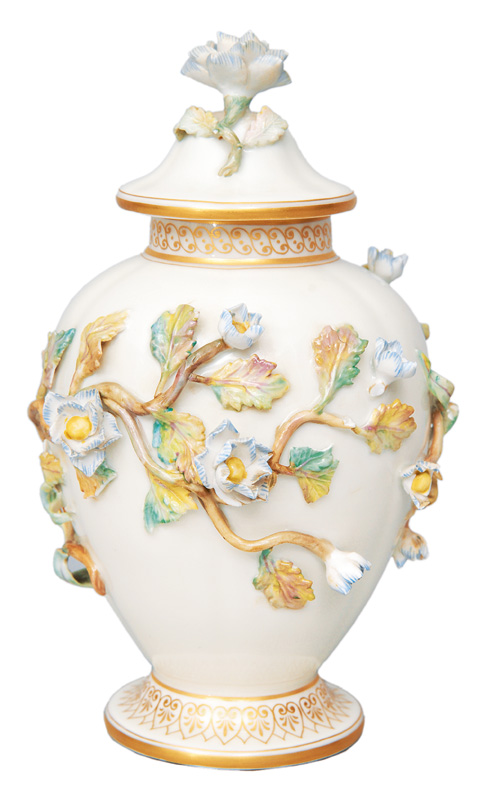 Small vase with cover with flower decoration