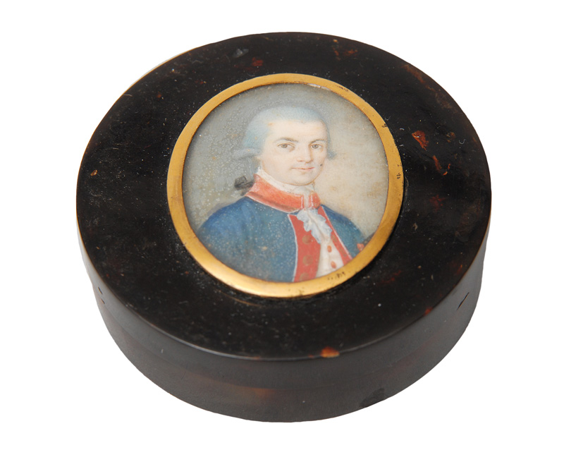 "A tortoiseshell box with miniature portrait ""Man in blue coat"""