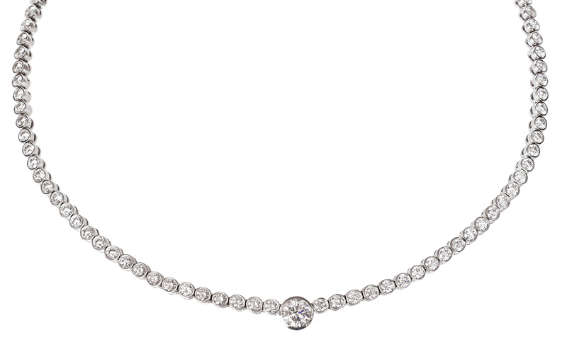 A high carat diamond necklace