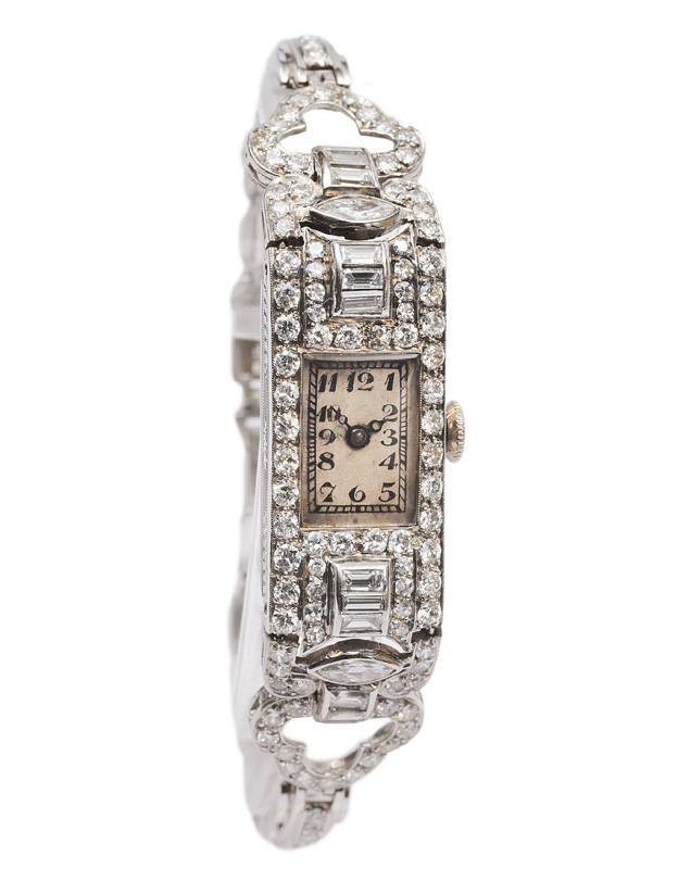 An Art-déco ladies watch with diamonds