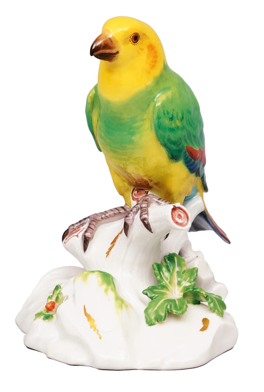 "An animal figurine ""Estrildid finch"""