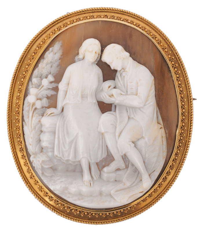 "A cameo brooch ""Young couple"""