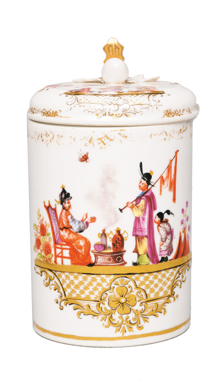 A tankard with chinoiseries