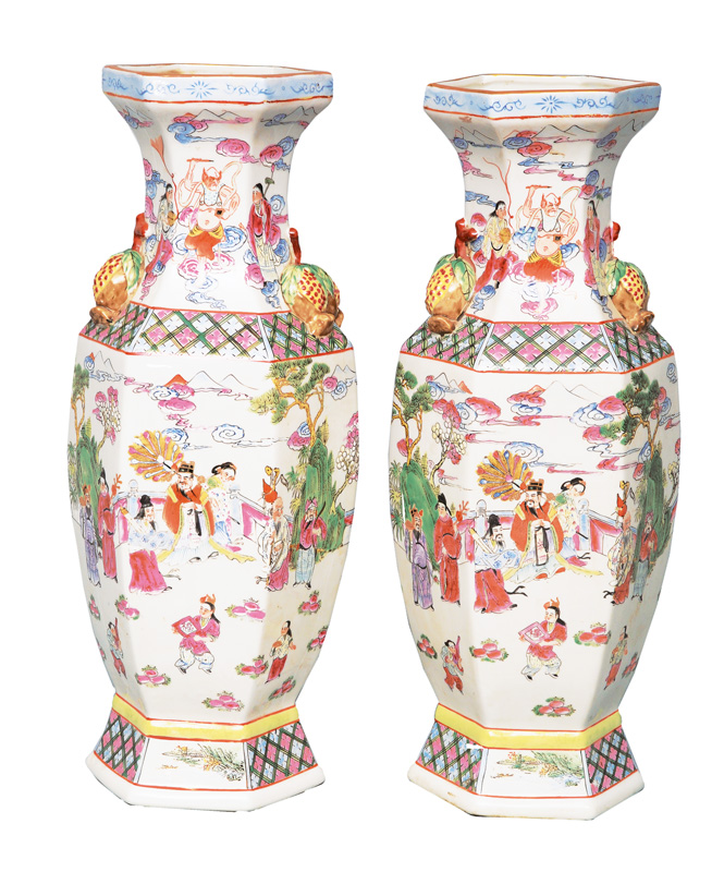 A pair of hexagonal Famille-Rose vases with mythological scenes