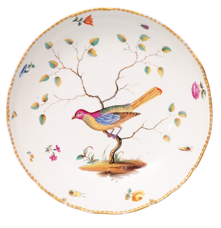 A bowl with bird painting