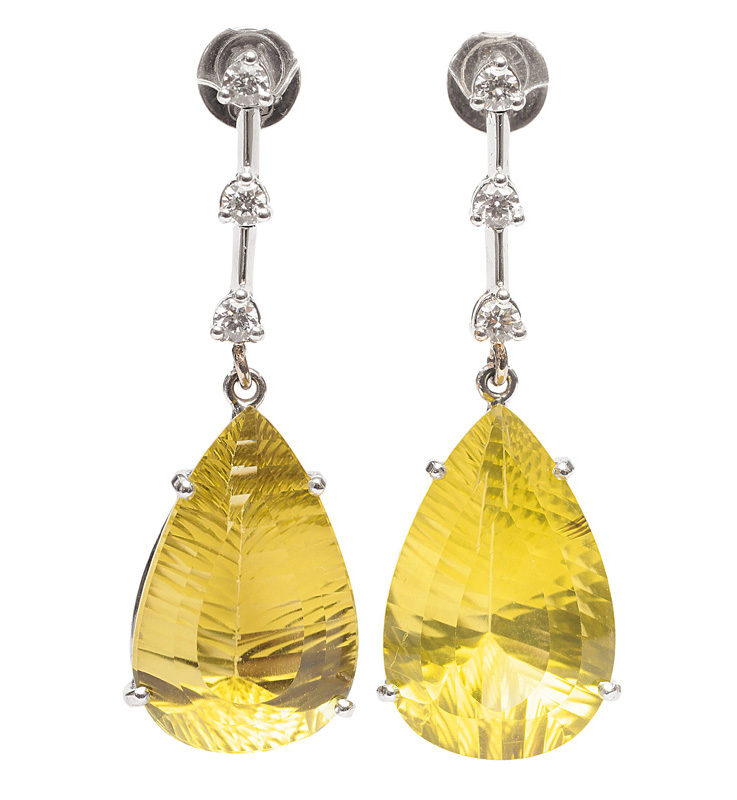 A pair of citrine diamond earpendants