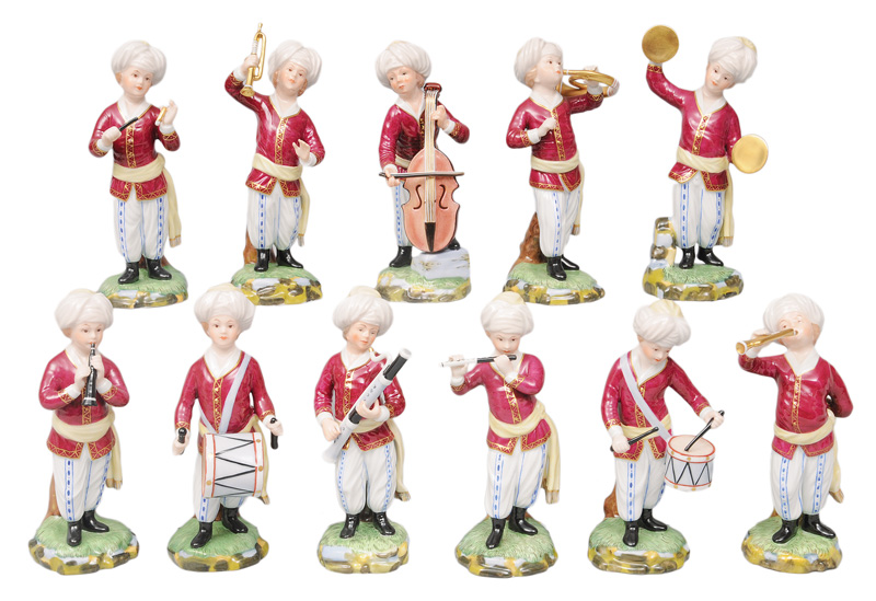 "A set of 11 figurines ""The Turkish Orchestra"""