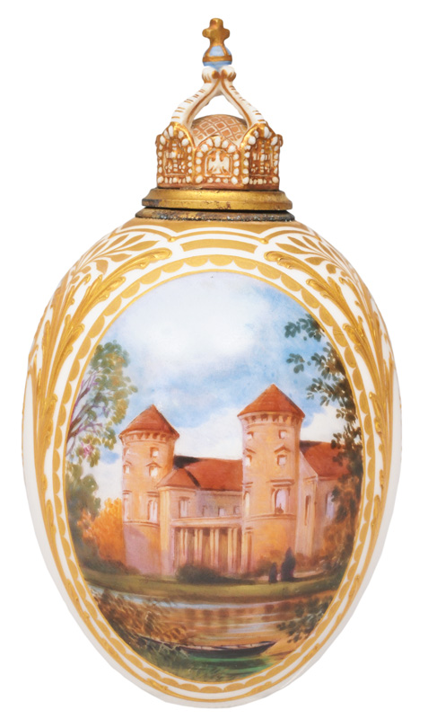 An ovoid flask with a depiction of Rheinsberg Palace