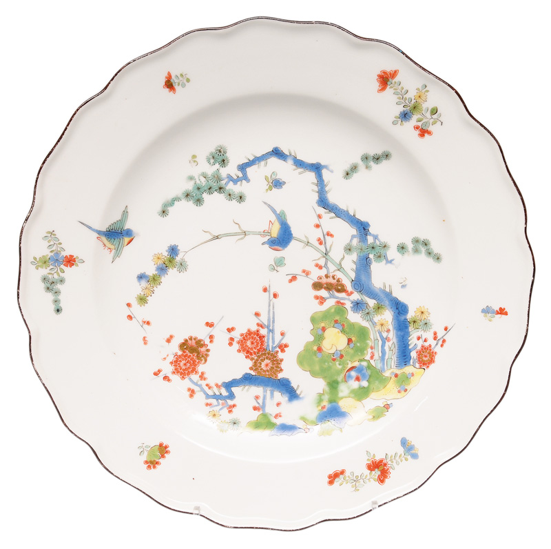 A fine Kakiemon plate with birds and flowers