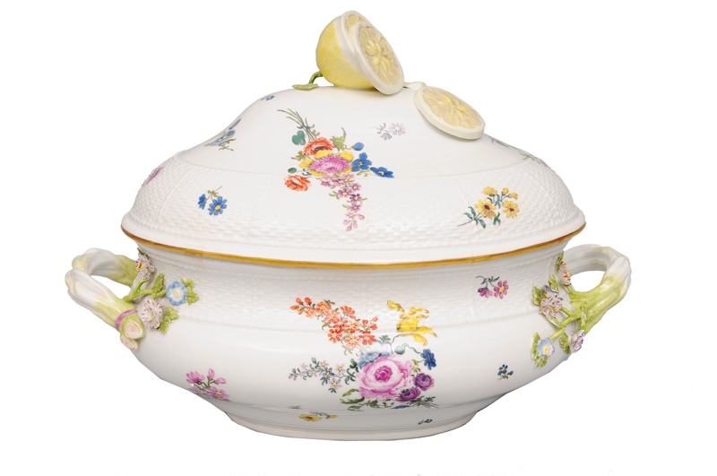 A large tureen with flower painting and lemon pommel