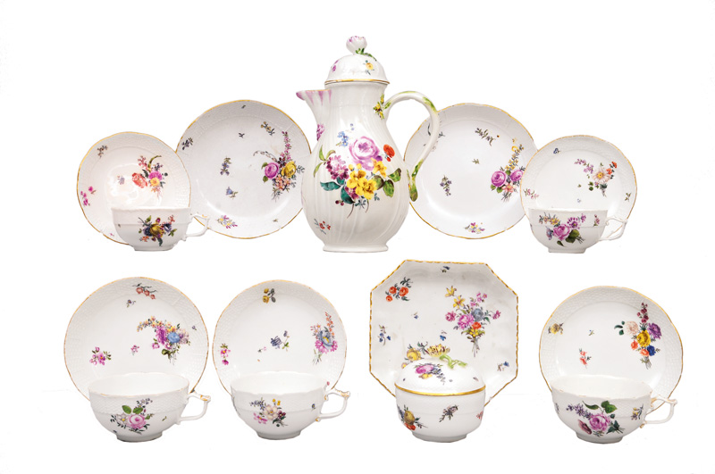A coffee service for 5 persons with flower painting