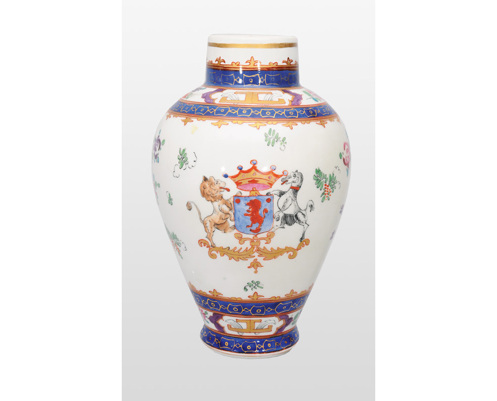 A baluster vase with crest
