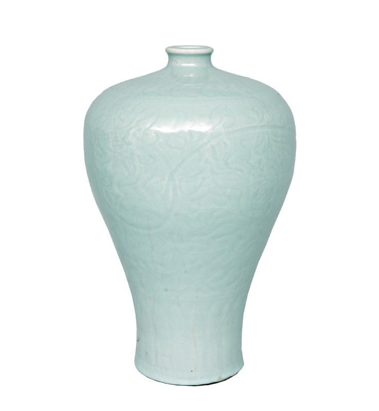 "A tall ""Mei-Ping"" celadon vase"