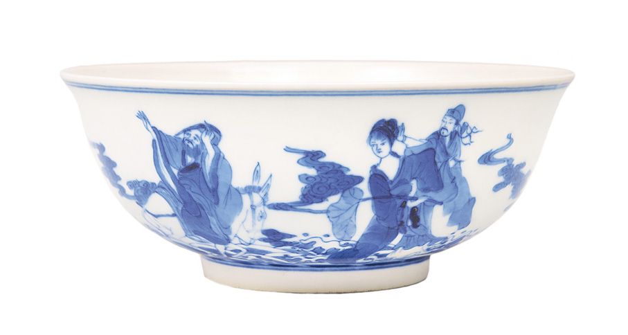 "A bowl with ""8 Immortals"""