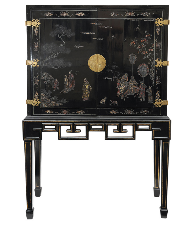 A coromandel lacquer cabinet with chinese scenes