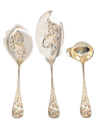 A rare Art Nouveau fish serving cutlery and a gravy spoon