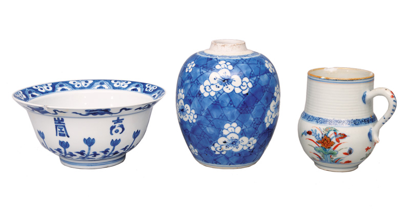 A set of 3 objects with blue painting
