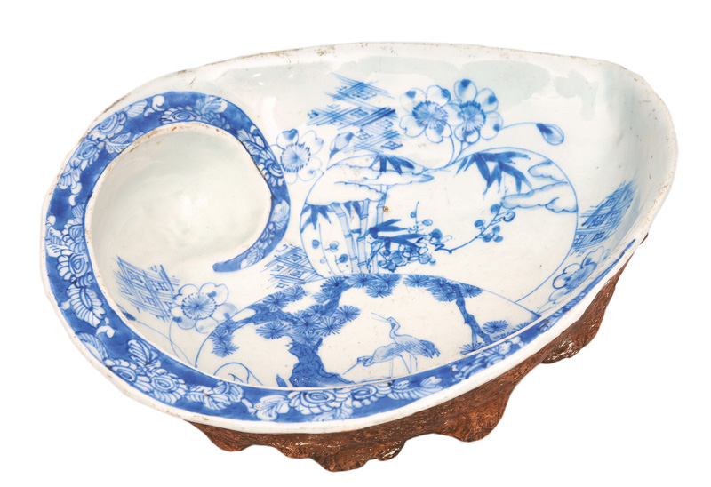 An Awabi-shell bowl
