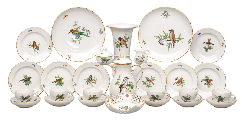 "A coffee service ""Vogelmalerei"" for 8 persons"