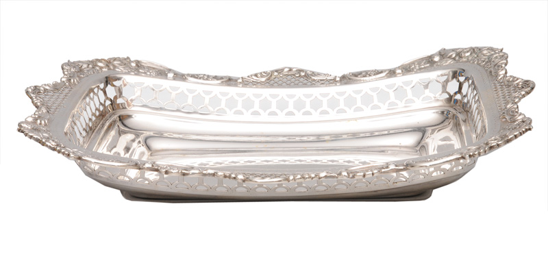 An elegant bowl with open worked rim