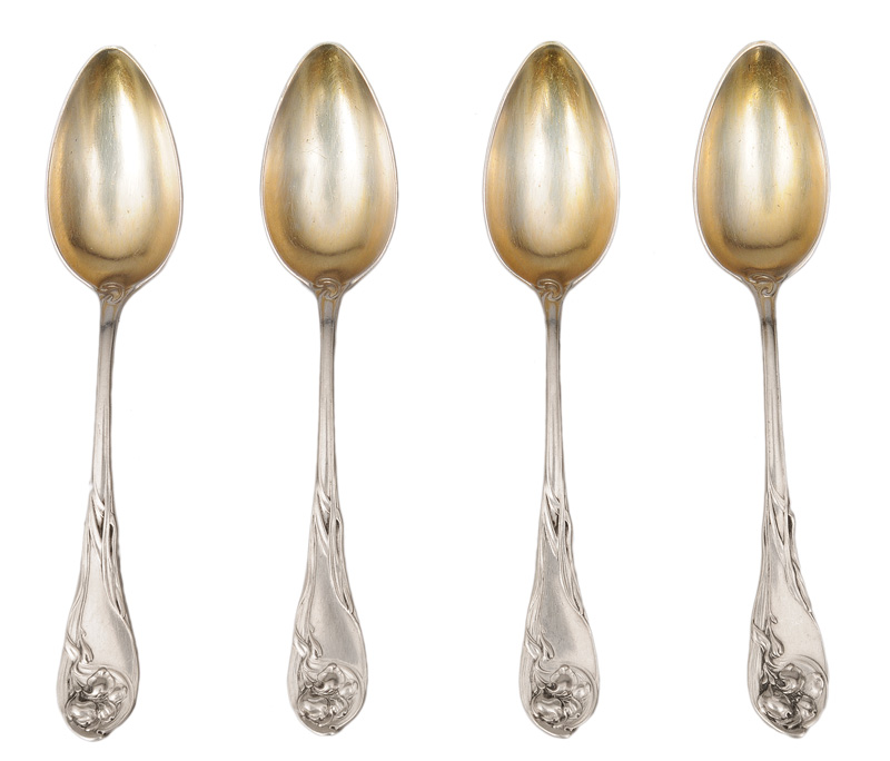 "A set of 8 Art Nouveau dessert spoons ""Iris"""