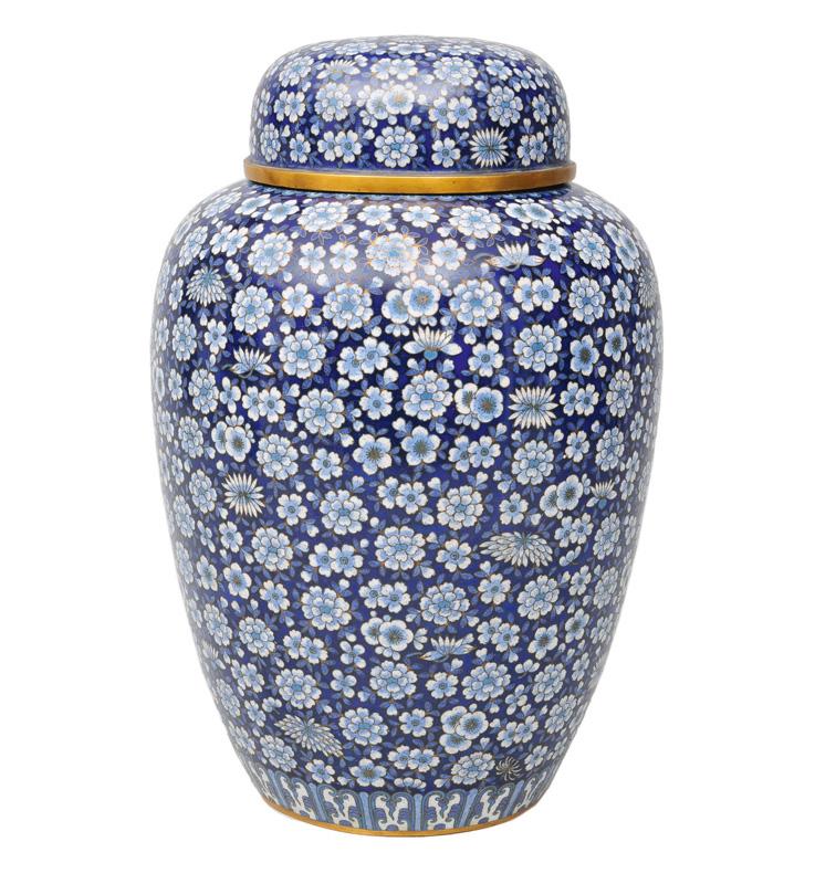 A very fine cloisonné vase with cover