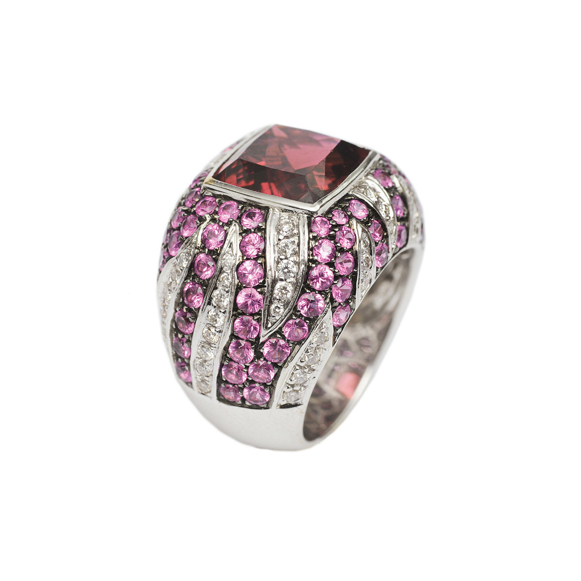 A colourful precious ring with pink-tourmaline, pink-sapphires and diamonds