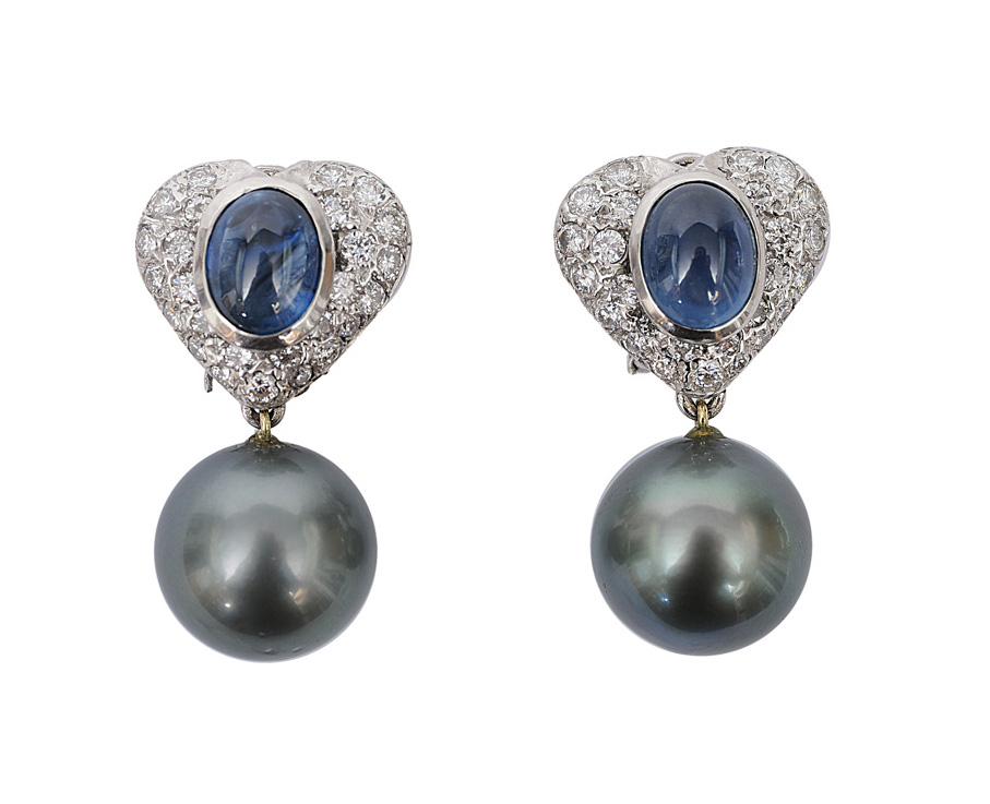 A pair of sapphire diamond earpendants with Tahiti pearls