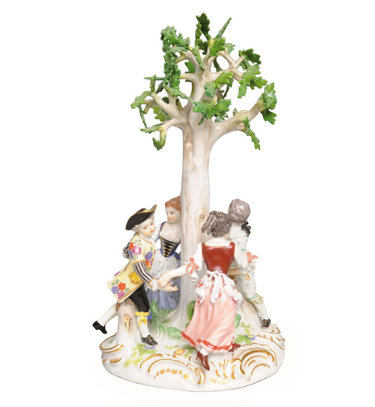A figurine group 'The round dance'